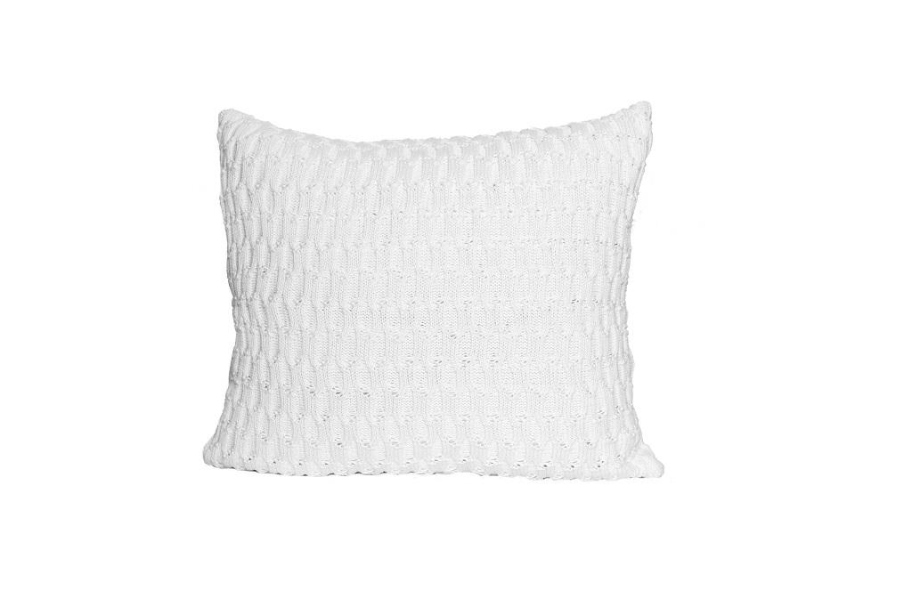 Almofadas de tricot trabalhado branco