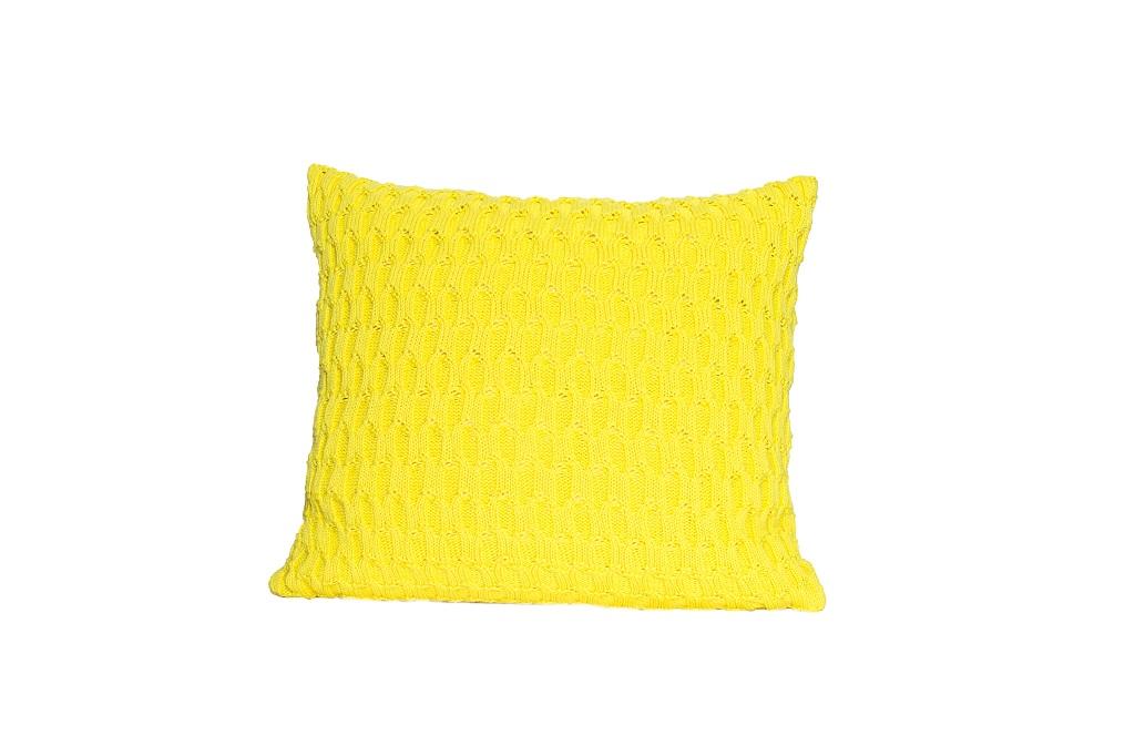 Almofadas de tricot trabalhado amarelo