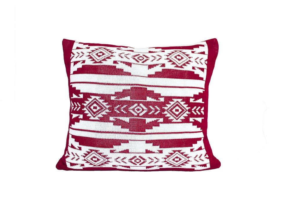 Almofadas de tricot etnico cru vinho